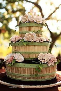 Wow! (Sunday Sweets Rose cake from Cake Wrecks)