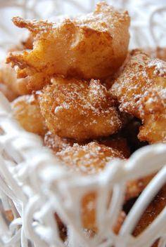 Recette des pets de Nonne (Choux Pastry Fritters with Apricot Sauce ...