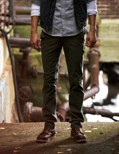Olive drab colored pants? I'm in. #style #fashion #mens