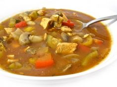 Skinny Chicken Cacciatore Soup. This main course soup is sensational! The broth is richly flavored and loaded with chicken and a variety of veggies. Each huge, 2 cup serving has 258 calories, 5 grams of fat and 6 Weight Watchers POINTS PLUS. http://www.skinnykitchen.com/recipes/skinny-chicken-cacciatore-soup/