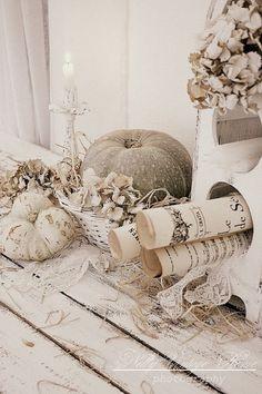 35 Amazing White Fall Décor Ideas : 35 Exquisite White Fall Décor Ideas With White Wooden Wall Candle Flower Pumpkin Decor