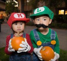 cosplay, halloween costumes, little sisters, dressing up, mario brothers, super mario bros, mini, halloween ideas, kid