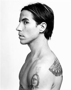 Anthony Kiedis {love him}