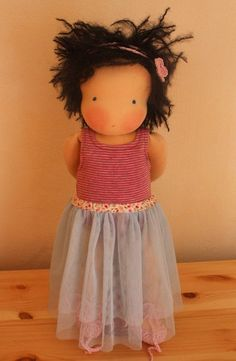 Sewing Pattern and Tutorial for Doll Outfit Tutu by Mariengold