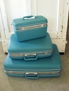 aqua blue, high school graduation, rememb, childhood memori, graduation gifts, samsonit luggag, luggag set, vintage luggage, vintage samsonite luggage