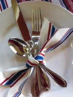 Easy way to dress up your patriotic table design!
