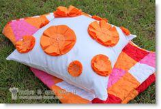 make love it1 ♥ http://felting.craftgossip.com/2013/04/03/felt-flowered-pillow-cover-felt-3d-butterfly-display-diy/