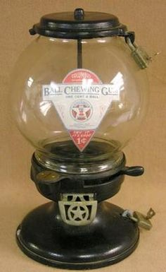 Columbus, Gumball, Model K1, Cast Iron, 1 Cent A Columbus Model K 1 penny gumball machine with original globe on cast iron base