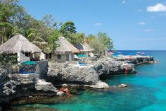 Private villas at Rockhouse Hotel in Negril, Jamaica (by jonlclark).