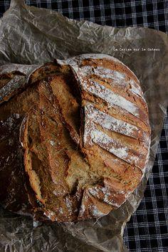bread016 Pain à la mélasse & au petit épeautre