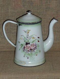 Old Enamelware Coffee Pot  (1920-1930) histori 1920s