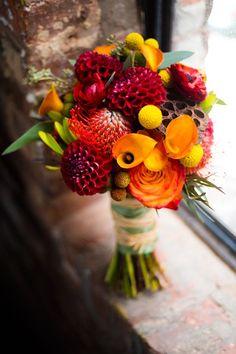 Beautiful fall bridal bouquet