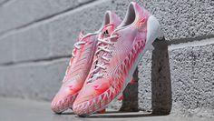 """adidas Predator Crazylight """"Running White/Neon Pink"""""""