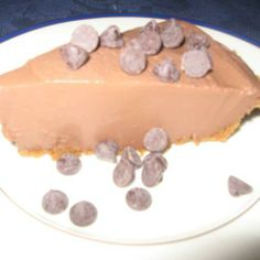 Chocolate-PB-Secret Pie | Made Just Right by Earth Balance #vegan #earthbalance #recipe