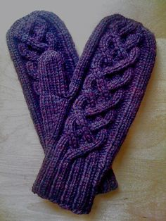 Ravelry: dainty bubbles pattern by tshep