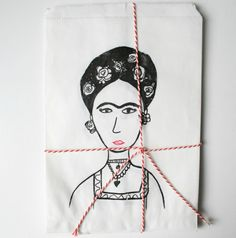 Frida Kahlo gift bags por mikodesign en Etsy, €5,00
