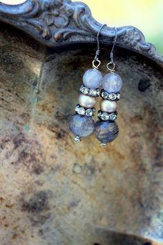 ❥ Gemstone Vintage Pearl and rhinestone earrings
