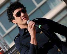 """El cantante """"Pity"""" Álvarez sufre un accidente con su moto"""