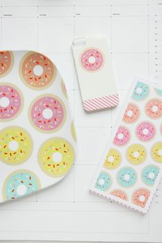 Add a little donut decor to your desk or coffee table - studio diy