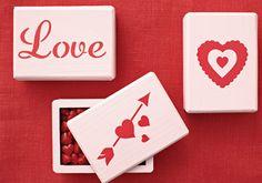 Decorate the perfect Valentine's Day candy container with Martha Stewart Crafts Paint and Stencils #marthastewartcrafts