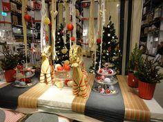 Christmaholic.nl » Kerst 2012: trends, versiering, tips & inspiratie! » Kerst bij IKEA 2012: duurzaam & rood inpakparadijs!