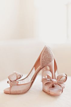 Blush Colored Lace Bridal Shoes | photography by http://www.ivy-weddings.com/