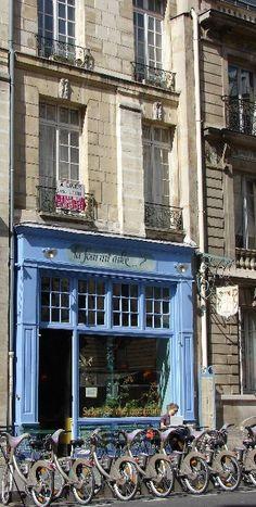 """Rent a """"velib"""" in Paris"""
