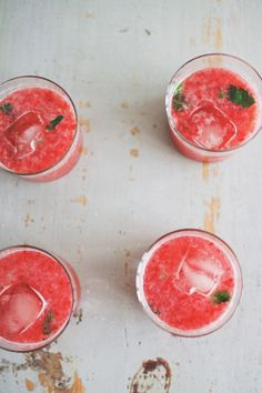 raspberry sparkler cocktail