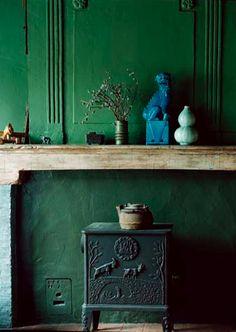 A rich green wall.