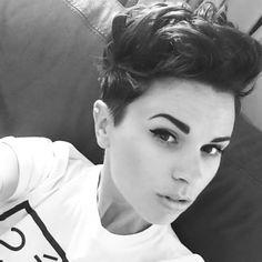 Short hair / tousled pixie