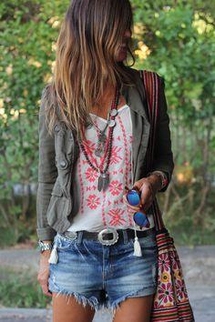 """Llena tu armario de la mejor moda al mejor precio en <a href=""""http://www.mosfashion.es"""" rel=""""nofollow"""" target=""""_blank"""">www.mosfashion.es</a>"""