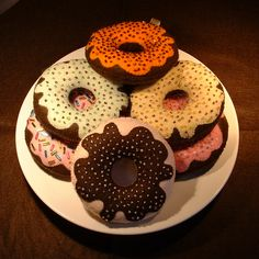 All about Felt Craft: VIDEO How to make Felt Donut