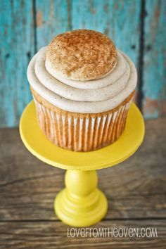 Snickerdoodle Cupcake with brown sugar buttercream. yum
