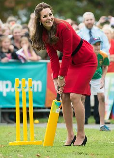 Another inappropriate sporting footwear choice for Duchess Kate #KateMiddleton
