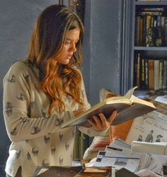 "Aria's 360 Sweater Jackline Cashmere Skull Sweater Pretty Little Liars Season 4, Episode 21: ""She's Come Undone"" - Spotted on TV"