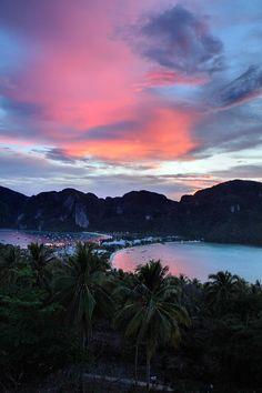 ✮ Sunset at Koh Phi Phi Thailand