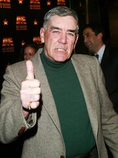 R. Lee Ermey  Ermey enlisted in the Marine Corps in 1961, serving as drill instructor until departing for a 14-month stint in Vietnam in 1968 and serving two tours in Okinawa, Japan.