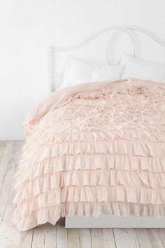 bed covers, little girls, urban outfitters, ruffl, duvet covers, pale pink, dorm rooms, little girl rooms, bedroom