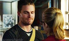 Arrow 3x09 Olicity H