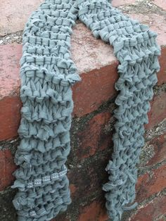 T-shirt scarf - This maybe I could do
