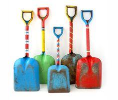 sand shovel, sand pail, color, metal sand, metal beach, vintage metal, beach toy, beachi keen, collect