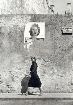 1956, Photo of Maria do Alívio, a laundrywoman in the North of Portugal, and Sophia Loren. By Agnes Varda.