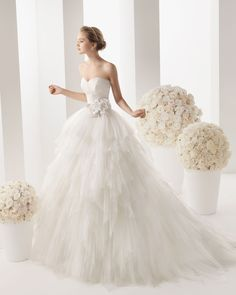 MARTINA - Tulle dress and belt with beading and flower in a natural colour.71T93 - Helena tulle net tiara, natural colour.