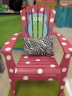 LOVE this!!!  Decorate a cheap lawn chair!