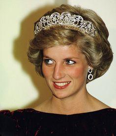 Princess Diana wearing a Spencer family Tiara