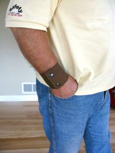 Mens Wrist Wallet Cuff Secret Stash  hide your by bluepiedesigns, $15.00