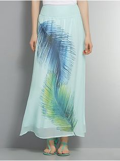 This Bold Feather Maxi Skirt was perfect for me as a Caribbean Mommy blogger... cool and comfortable, with an island flair!