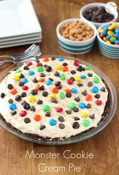 Monster Cookie Cream Pie l www.a-kitchen-addiction.com