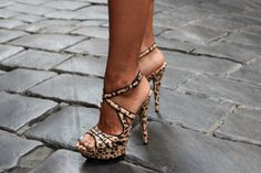 Google Image Result for http://s3.favim.com/orig/45/cute-high-heels-shoes-Favim.com-400584.jpg