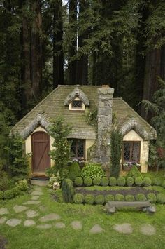 this cottage is a fairytale